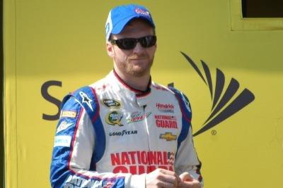 FYI WIRZ: Top NASCAR Drivers Johnson, Earnhardt Jr. and Patrick Talk Phoenix