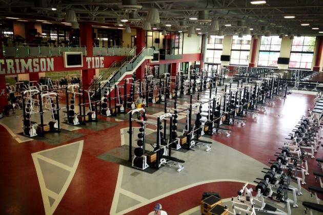 Alabama Recruits Reportedly Impressed by Tide's New Weight Room