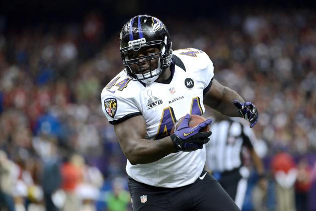 Ravens Have a Tough Call to Make with Vonta Leach