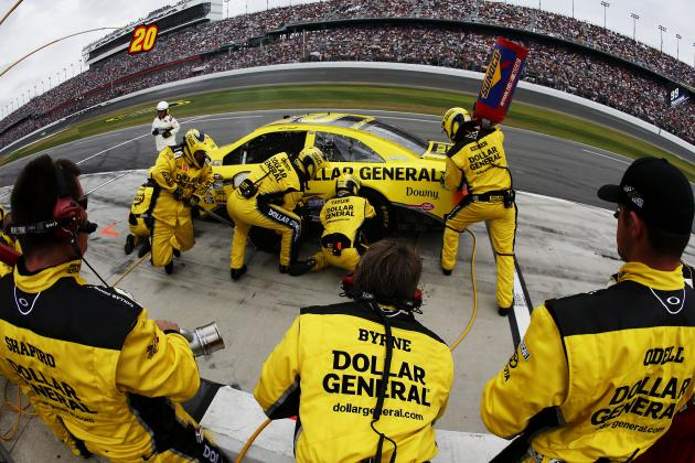 Watch a NASCAR tire change from up close - Autoweek