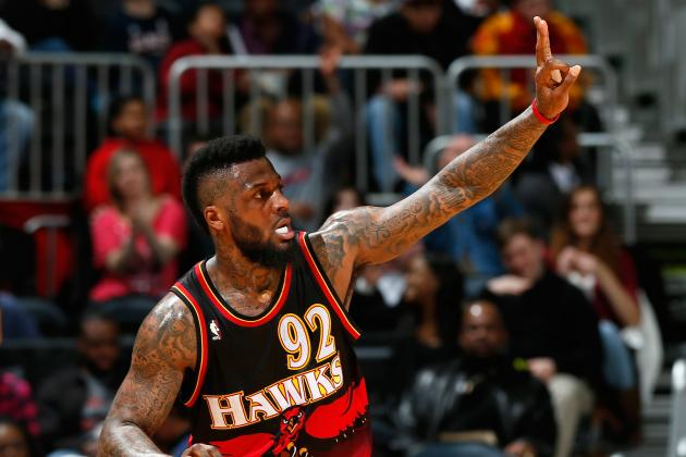 DeShawn Stevenson Dislocates Middle Finger vs. Suns, Questionable to Return