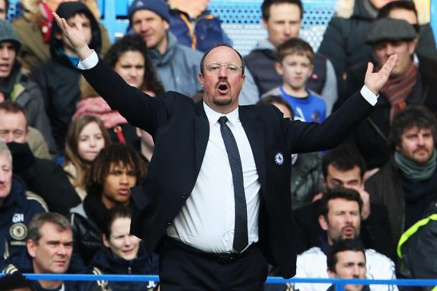 Chelsea Fans Greet Benitez with Boos and Banners