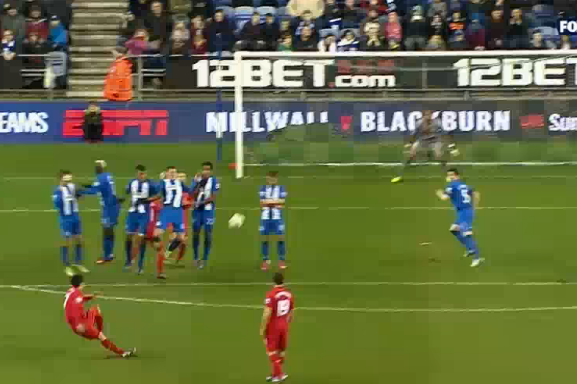 Suarez Scores His Second Against Wigan