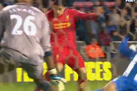 Suarez Hits Hat-Trick Against Wigan