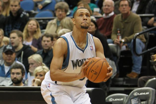 Brandon Roy receives standing ovation at an away game ~ That NBA Lottery Pick