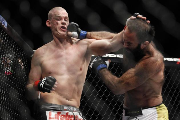 Stefan Struve Suffers Broken Jaw in Loss to Mark Hunt at UFC on Fuel 8