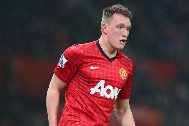 Manchester United Star Phil Jones Targets Centre-Half Role for England