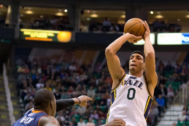 Utah Jazz: Injuries of Starting Big Men Give Way to Kanter and Favors to Shine
