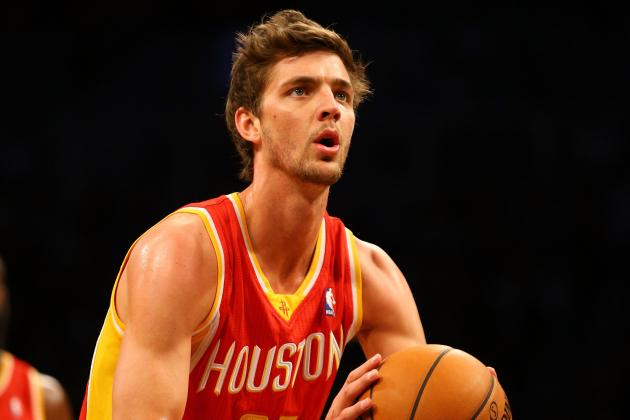 Parsons Flirts with Perfection as Rockets Tame Mavericks