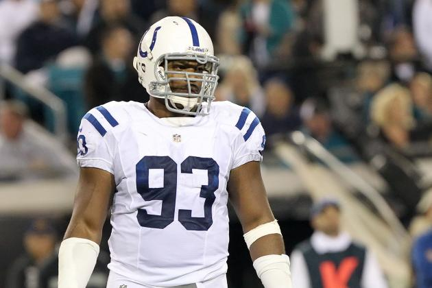 Why the Seattle Seahawks Must Pursue Dwight Freeney in Free Agency