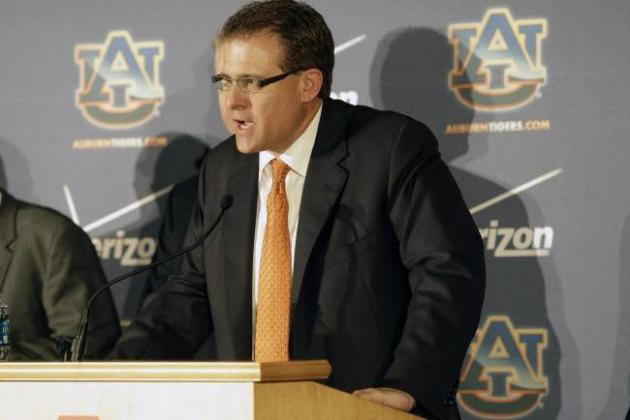 Auburn's Hurry-Up, No-Huddle Will 'Play Fast and Physical'