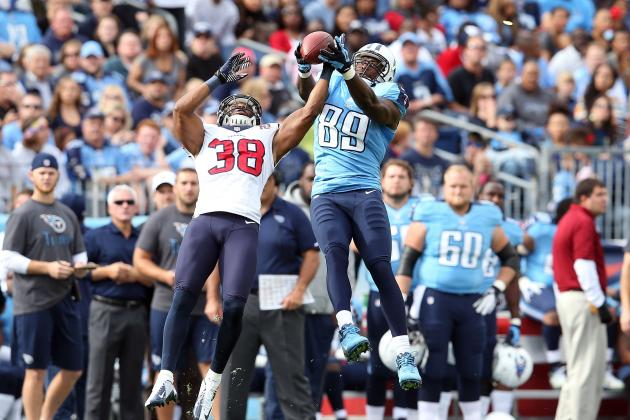Should the Miami Dolphins Sign Titans Free Agent Tight End Jared Cook?