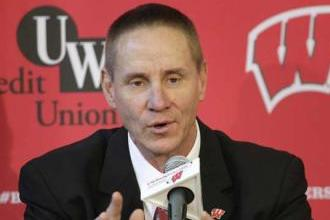 Andersen Looking for QB at Wisconsin