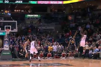Bucks' Jennings Hits Game-Tying Three vs. Jazz