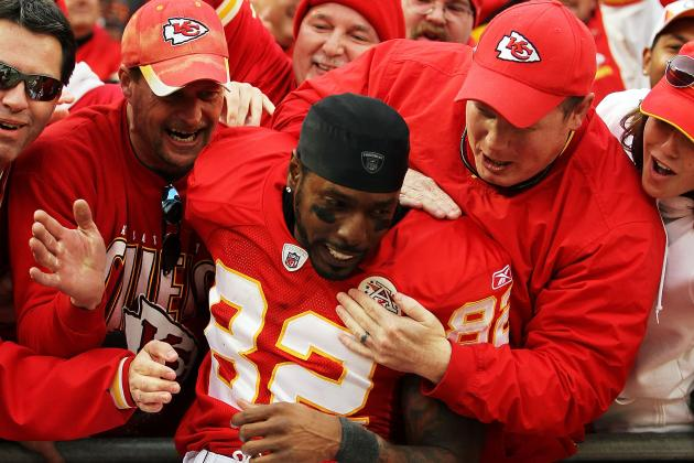 Dwayne Bowe Signs Contract with Kansas City Chiefs