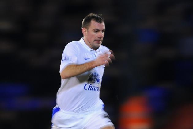 Evertons Darron Gibson Will Play on Despite Thigh Injury