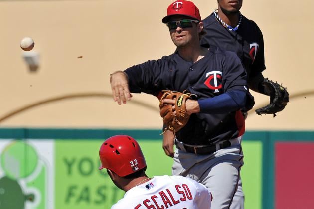 Dozier Turns 5 Double Plays as Twins Defeat St. Louis 7-0