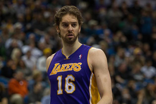 Pau Gasol Hopes to Get Clearance for Running Drills After Trip