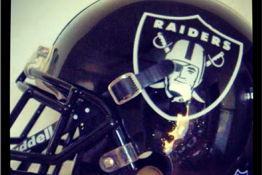 Raiders' Mike Goodson Gives Hope for Menacing All-Black Helmet