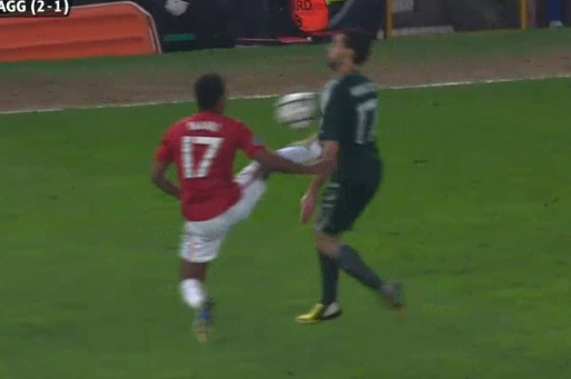 Manchester United vs. Real Madrid 2013: Nani Picks Up Controversial Red Card