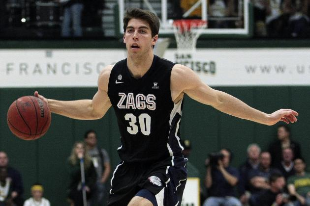 Hart Provides Glue for No. 1 Zags, a Major Feat for Former Walk-on