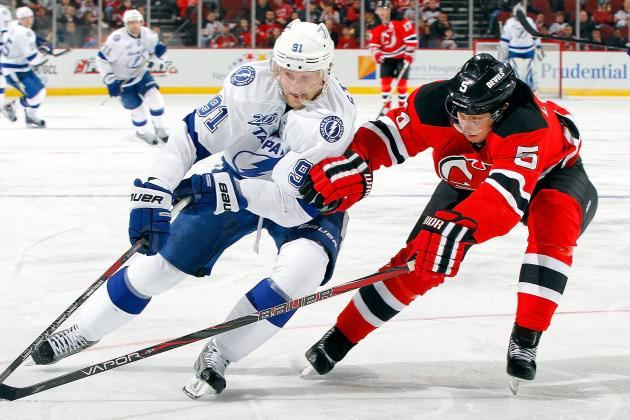 Lightning End Losing Skid, Rout Struggling Devils