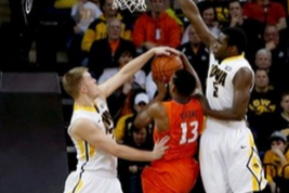 Illinois Hits Bad Shooting Slump in Loss ToIowa
