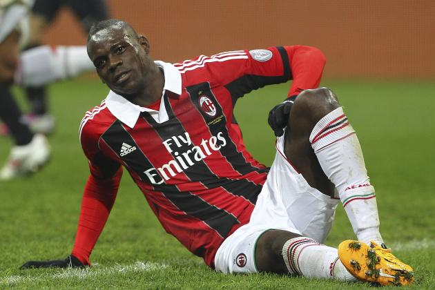 Balotelli Back in Milan Training