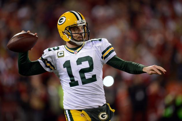 Report: Packers to Offer Rodgers Lucrative Contract Soon