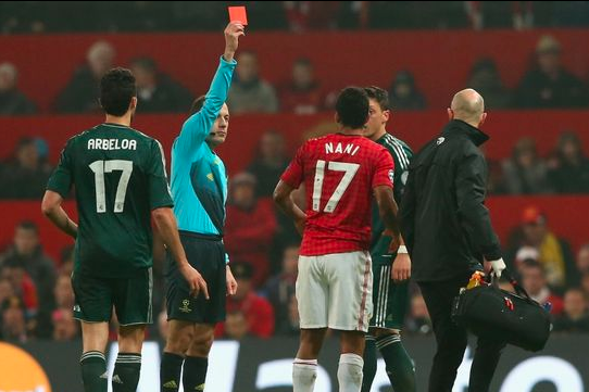 18-Yr-Old Fan Calls Police on Controversial Ref