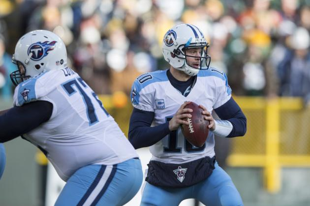 Jake Locker Working Hard to Improve in Offseason
