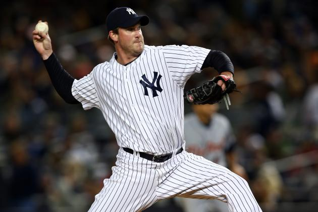 Texas Rangers Reportedly Sign Derek Lowe