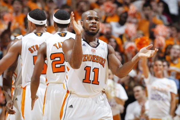 Vols Get Needed Win at Auburn, 82-75