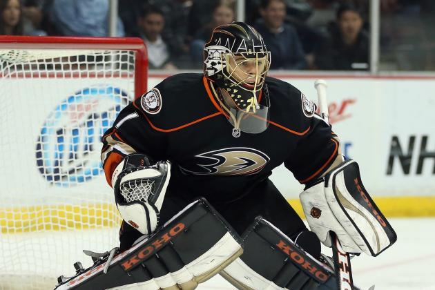 Ducks Blank Coyotes, Extend Home Win Streak