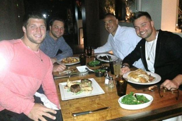 Tim Tebow Shares Dinner in Arizona with Nick Swisher at Steakhouse