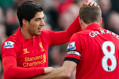 Gerrard and Suarez Get Shirty