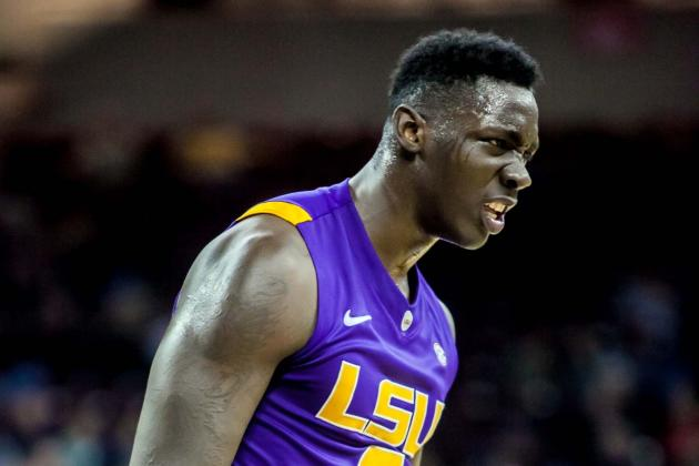 Strong to the Finish, LSU Clips A&M for an Important 68-57 SEC Road Victory