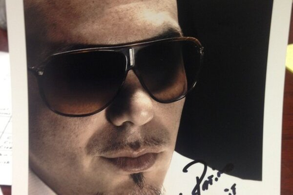 Rick Pitino: Pitbull Autograph for 300th L'Ville Win (PHOTO)