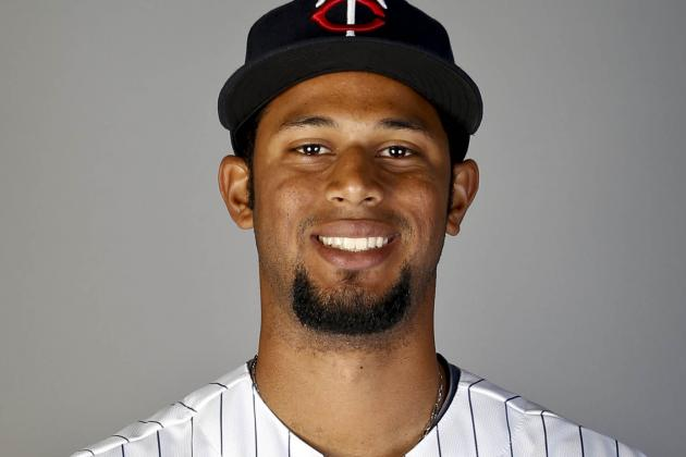 Twins Prospect Aaron Hicks Goes 4-for-5 with Three Homers