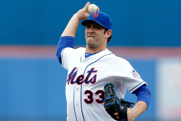 Harvey Nearly Perfect Through 4 1/3 as Mets Beat Marlins