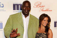 Michael Jordan Applies for Marriage License in Florida
