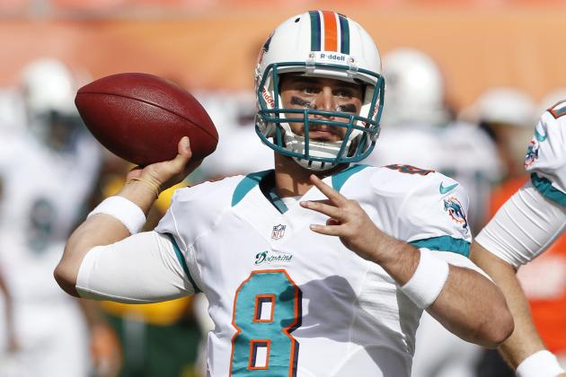 Miami Dolphins Re-Sign Quarterback Matt Moore