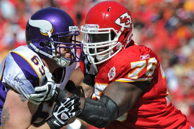 K.C. Chiefs Eye Extension for LT Branden Albert