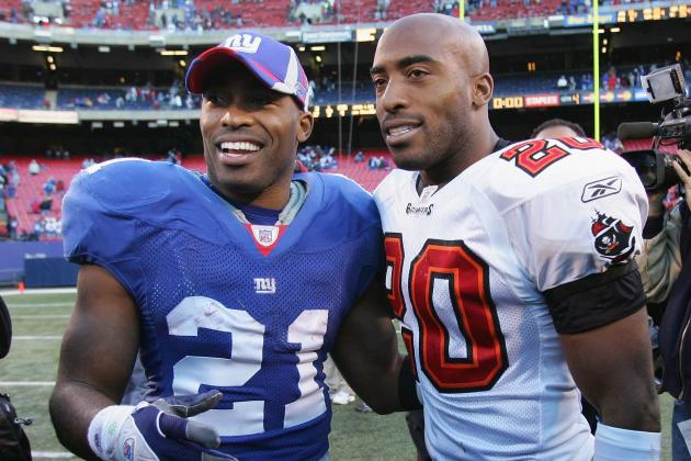 Tiki Barber Says Ronde Barber Wants to Play in 2013
