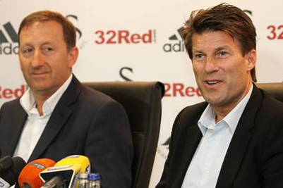 Laudrup Signs New Swans Contract