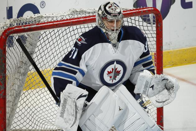 Winnipeg Jets: Is There a Goalie Controversy Brewing in Winnipeg?