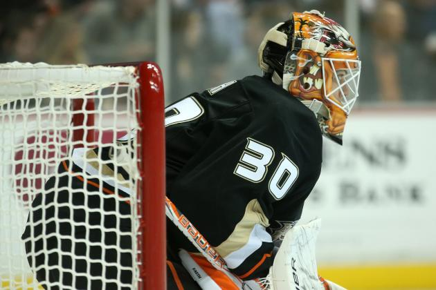 Fasth Gets Shutout as Ducks Cruise Past Flames