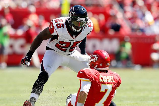 Falcons Keep Safety William Moore for Five More Years