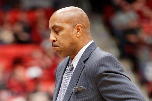 Huskies' Lorenzo Romar Is Coaching with a Heavy Heart