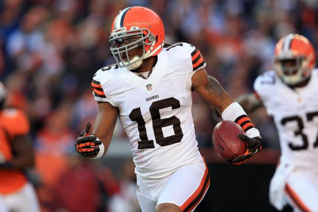 Giants, 49ers Among Five Teams Interested in Browns' Josh Cribbs